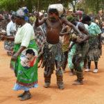 Die traditionellen Tänze dürfen an einer offiziellen Eröffnung nicht fehlen!